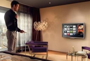 Турецких отельеров просят включить украинские телеканалы