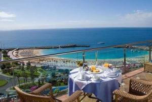 Отели Испании вынужденно снижают цены
