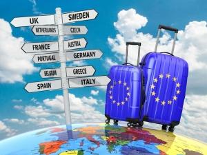 Безвиз возвращается. В какие страны ЕС уже могут ехать украинцы этим летом