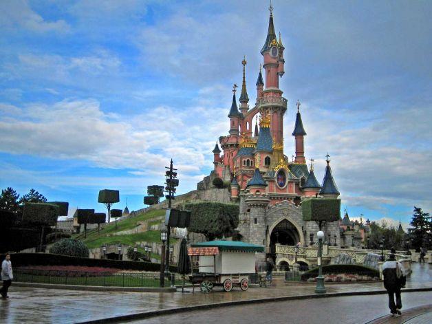 Гроты Фей* – парк Мувиворд* - Диснейленд* - Париж - Дрезден
