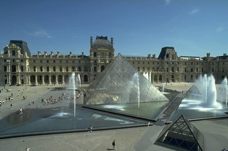 Заманчивый Париж…