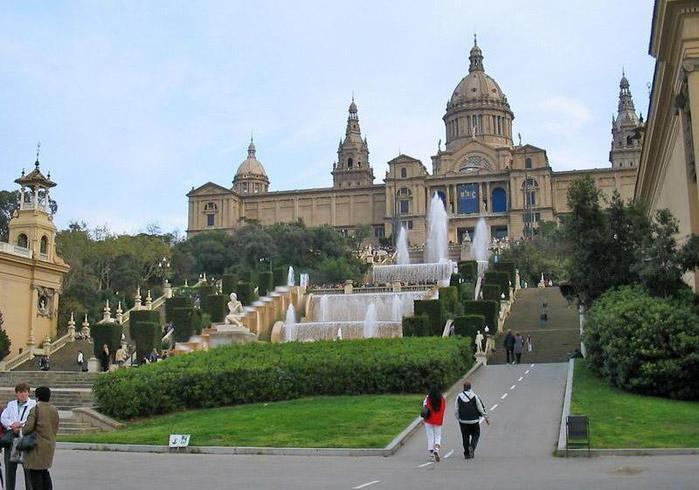 Сомбреро счастья! Барселона, Ницца и Венеция!